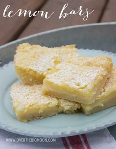 The BEST Lemon Bars you will ever eat!  They are so tasting!  | www.overthebigmoon.com