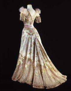 Worth ball gown ca. 1902 From the Galleria del Costume di Palazzo Pitti via Europeana Fashion