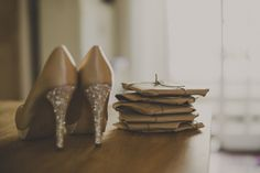 Emily and Jonathan�s Pretty Pastel Barn Wedding. By J and M Photography