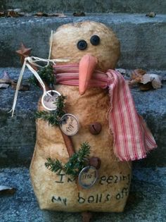 Primitive Snowman With Rusty Bells by TheSimpleFolk on Etsy Christmas Love, Christmas Snowman, All Things Christmas, Winter Christmas, Christmas Crafts, Christmas Ornaments, Xmas, Snowman Decorations, Snowman Crafts