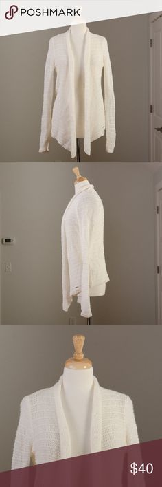 """[Abercrombie + Fitch] white knit cardigan excellent condition except unfortunately missing the fabric and care tags.  My guess is that it's wool (it is NOT itchy) and should be hand washed and laid flat to dry  Bust - 17"""" Length - 24"""" Arms - 22""""  U16 Abercrombie & Fitch Sweaters"""