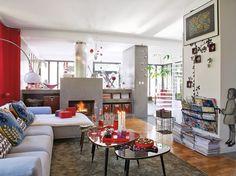 Un salon lumineux / A bright livingroom : http://www.maison-deco.com/salon/deco-salon/Des-salons-plein-de-vie
