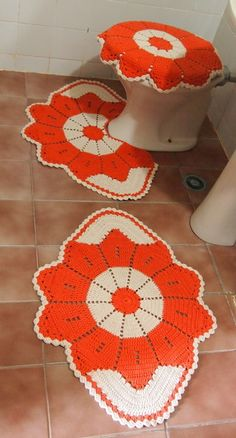Gehäkelter Badteppich - How To, Vorlagen - Casaco de crochê - Owl Crochet Patterns, Granny Square Crochet Pattern, Crochet Motif, Crochet Doilies, Crochet Flowers, Knit Crochet, Crochet Carpet, Crochet Home, Crochet Sunflower