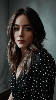 wallpaper chloe bennet | Tumblr Live Action, Chloe Bennett, Shadow Hunters, Face Claims, Woman Crush, Woman Face, Girl Boss, Beautiful People, Actresses
