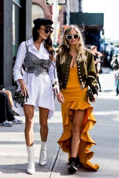 Affordable and unique designer fashion that is taking over our high street 👠 Stylish outfit ideas for women who love fashion! Street Style Outfits, Street Chic, Street Style Women, Paris Street, Look Fashion, Urban Fashion, Fashion Outfits, Fashion Design, Fashion Editorials