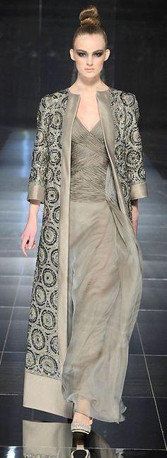 Valentino Spring 2009 Couture Fashion Show Abaya Fashion, Moda Fashion, Muslim Fashion, Couture Fashion, Indian Fashion, Fashion Show, Fashion Dresses, Womens Fashion, Fashion Design