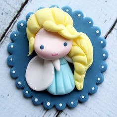 New video tutorial on my FB page! Little Elsa! Yes, I finally had to make some Frozen stuff for my little one.  #frozen #elsa #fondant #fondanttopper #cupcaketoppers #cupcake #letitgo #happy #Smile #love