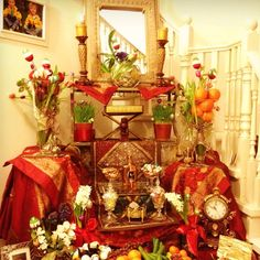 ...I like the different levels in this haft seen....if I ever have a huge Nowruz party in a huge house :)  Persian New Years Table~~ 1391