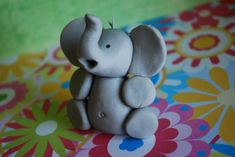 fondant elephant cake topper, easy enough?