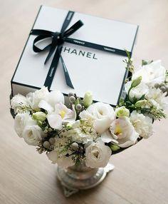 Wedding Ring Box, Wedding Favors, Wedding Gifts, Dream Wedding, Wedding Invitations, Wedding Venue Decorations, Wedding Venues, Wedding Hamper, Akad Nikah