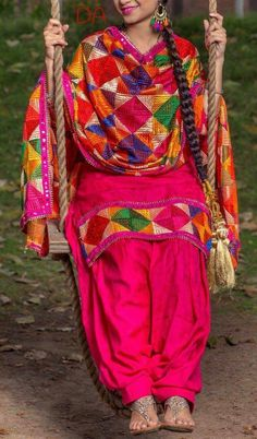 Collection Fabric:Beautiful Suit on zaam silk fabric with Full Zaal Embroidered Duppatta. Bottom colour same as shirt For more details whatsapp on Code-AAEZ Phulkari Punjabi Suits, Indian Suits Punjabi, Punjabi Wedding Suit, Patiala Salwar, Shalwar Kameez, Dress Indian Style, Indian Wear, Indian Outfits, Punjabi Fashion
