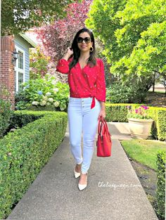 Stitch Fix Review September 2019 is live and I love this fun, and colorful early fall box. Stitch Fix is an online personal styling service that I've been receiving for years. Click through for my full review & to see each piece I received in outfits. #personalshopper #outfitideas #womensfashion Petite Fashion, Curvy Fashion, Womens Fashion, Style Fashion, Fall Fashion Trends, Autumn Fashion, Fashion Bloggers, Celebrity Dresses, Celebrity Style