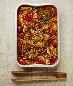 Tomato Butter Sauce, Tomato Pasta Sauce, Butter Pasta, Tomato Jam, Yotam Ottolenghi, Ottolenghi Recipes, Fusilli, Veggie Recipes, Vegetarian Recipes