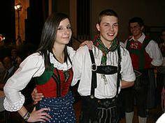 Tracht in Tirol. Lienz Austria Austria, Switzerland, Southern, Germany, Costumes, Jackets, Fashion, Dirndl, Farmhouse
