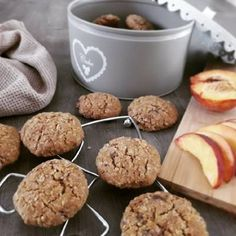 Cookies με κουάκερ Muffin, Cookies, Breakfast, Food, Crack Crackers, Morning Coffee, Biscuits, Muffins, Cookie Recipes