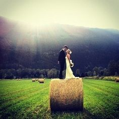 Hay bale photo prop on field. Photography, farms, wedding, engagement