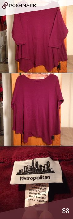 "METROPOLITAN 100% COTTON HI-LO TOP Women's L Excellent condition 100% cotton burgundy red Hi-lo top by METROPOLITAN. Size women's L. It's longer on left in front and longer in back on right. SUPER SOFT! Looks big but that's the style for it to hang and flow. Chest: 22"" across lying flat pig to pit. Length: 27"" at lowest part of hem from shoulder hem. ❤️ LOOKS CUTE LAYERED WITH A TANK OR CAMI & LEGGINGS! metropolitan Tops Blouses"