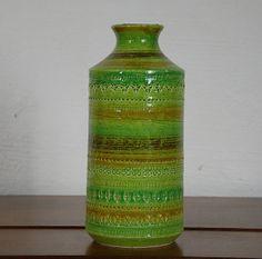 Aldo Londi for Bitossi Rare Green Hued Vase Glass Ceramic, Ceramic Pottery, Pottery Art, Italian Pottery, Retro Home, Vintage Pottery, Art Studios, Aldo, Hand Painted