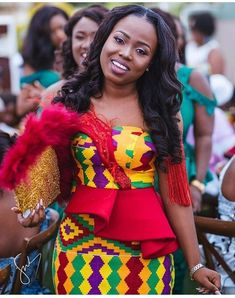 Do you know you can look prettier on corporate Kente attire? African Fashion Designers, African Print Fashion, African Fashion Dresses, African Attire, African Wear, African Women, African Dress, Fashion Outfits, African Style