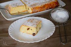 Budincă de tăiței cu brânză la cuptor Piece Of Cakes, Biscuit, French Toast, Paste, Dairy, Cooking Recipes, Sweets, Breakfast, Food