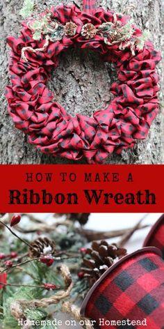 Diy Christmas Ribbon Wreath, Wreath Crafts, Diy Wreath, Holiday Wreaths, Christmas Diy, Wreath Ideas, Wreath Making, Tulle Wreath, Winter Wreaths