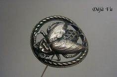 Antieke-grote-hoedenspeld-hat-pin-insect-22586585.jpg
