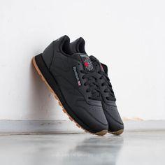Reebok Classic Leather Black  Gum de precio increíble 72 € con  disponibilidad ahora mismo encontrarás en Footshop.es! 508119f53