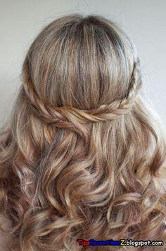 gaya rambut kepang terbaru untuk acara pernikahan