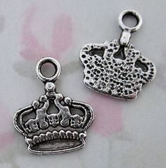 casted pewter crown charms 15x13mm - f2804