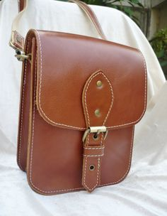 Hey, I found this really awesome Etsy listing at https://www.etsy.com/ru/listing/114077708/unisex-leather-cross-body-bag-shoulder