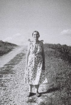 Regina. a woman I met when walking through the fields.    #woman #regina #old #photography #film #bw #mute