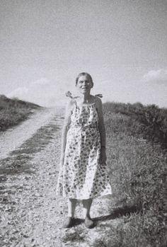 Regina. a woman I met when walking through the fields.    #woman #regina #old #photography #film #bw #mute