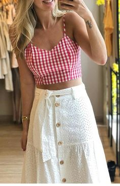 Short Skirts, Mini Skirts, Look Con Short, Fashion Outfits, Womens Fashion, Fashion Trends, Lace Outfit, Cute Tops, High Waisted Skirt