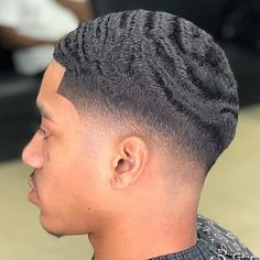 Tendencies allow you to Krush fades with little to no effort lol Re-post: Waves Hairstyle Men, Waves Haircut, Low Fade Haircut, Mens Braids Hairstyles, Hairstyles Haircuts, Hairstyle Ideas, Nba Haircuts, Black Men Haircuts, Black Men Hairstyles