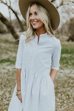 Shop cute and modest dresses and styles for this Spring season including fit & flare, t-shirt, embroidered dresses, maxi, & midi. Style Outfits, Mode Outfits, Dress Outfits, Summer Outfits, Teen Outfits, Hipster Fashion Style, Modest Fashion, Fashion Dresses, Teen Fashion