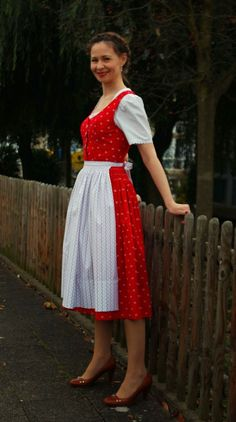 sewing galaxy: Mein Dirndl Lace Skirt, Man, Halloween Ideas, Skirts, Vintage, Clothes, Style, Fashion, Moda