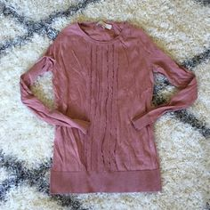 LOFT tuxedo ruffle pink sweater ONLY WORN ONCE! This is a beautiful sweater with a tuxedo ruffle detail in a dusty pink color. Pairs nicely with black, cream, gray, navy, and olive. LOFT Sweaters Crew & Scoop Necks