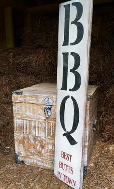 Rustic Wood Sign Best Butts In Town Outdoor by OconeeSignShack Rustic Wood Signs, Wooden Signs, Grilling Art, Bbq Wood, Bbq Bar, Bbq Signs, Man Cave Signs, Decoration, Wood Crafts