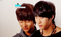 awww this was before their debut! When poor maknae Hyuk was deathly scared of Leo...lol good times