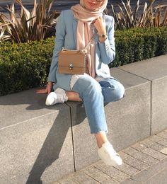 Baby blue n. Modest Fashion Hijab, Modern Hijab Fashion, Street Hijab Fashion, Hijab Chic, Muslim Fashion, Mode Outfits, Fashion Outfits, Mode Turban, Mode Abaya