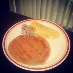 Breakfast: Oat pancake with PB drizzled in organic dark honey n turkey omelet  Eat for your goals  #fitnessgirlsmotivation#glutenfree #Bodybuilding #eatclean #paleo #iifym #cleaneating #Athleta_Lennox #motivation #NPC #figurecompetitor #fitspiration #Atlanta #Houston #Vegas #LA  #fit_girls_of_ig#motivatebodyfitness  #dymatizenutrition #bpisports