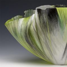 Toots Zynsky glass artist: Filet-de-Verre, fused and thermoformed colored glass threads