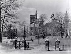 University of Toronto Gates, Wellesley St. Toronto Ontario Canada, Toronto City, Toronto Photography, University Of Toronto, Historical Architecture, Niagara Falls, Gates, Vancouver, Rome