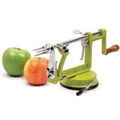 Apple Tool – Peels, slices and cores in one motion! This is one of those kitchen gadgets you really truly need if you get into Fall apple mania like I do. With a turn of the lever, it peels, slices and cores the apple all at once. #FCThankful