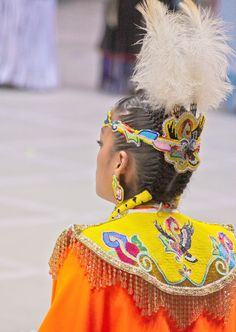 beadwork on a fancy dancer. Look how tight her braids r!