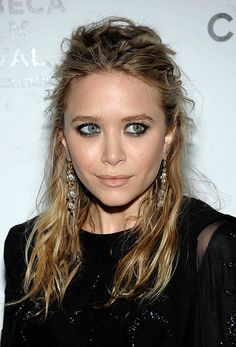 CLOSE UP: MK | TEXTURED WAVES + DROP EARRINGS - Olsens Anonymous