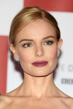 Kate Bosworth French Twist - Kate Bosworth wore a classic French twist when she attended the world premiere of 'SS-GB.'