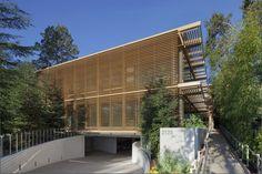 Construído na 2012 na Menlo Park, Estados Unidos. Imagens do Eric Staudenmaier. O objetivo do projeto era criar um edifício sede de uma empresa de tecnologia limpa de capital de risco em Menlo Park, Califórnia. Graças ao terreno...
