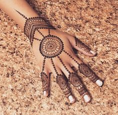 Artist: The Brooklyn Henna Company