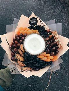 Fruit Basket Gift Ideas Edible Arrangements 47 Ideas For 2019 Fruit Appetizers, Appetizers For Kids, Food Bouquet, Candy Bouquet, Fruit Juice Recipes, Fruit Smoothies, Vegetable Bouquet, Fruit Sec, Dressing For Fruit Salad